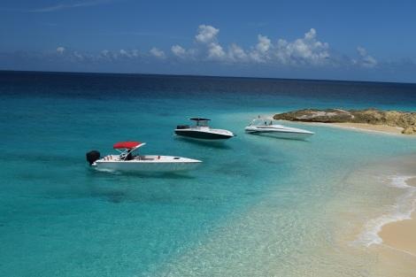Fountain Boat charter St Martin